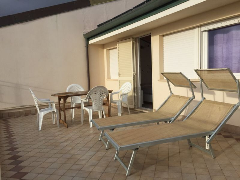 Lido di Camaiore 50 metri dal mare (4/5 PAX) Apartment to rent lido ...