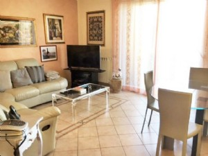two-family house for sale Lido di Camaiore : two-family house  for sale  Lido di Camaiore