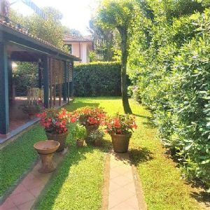 : two-family house with garden for sale Focette Pietrasanta