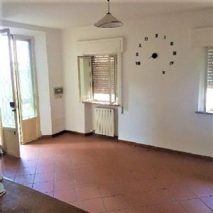 : country house with garden for sale Massarosa Massarosa