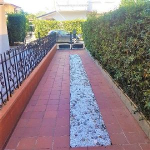 : multi villa with garden for sale Torre Del Lago Viareggio