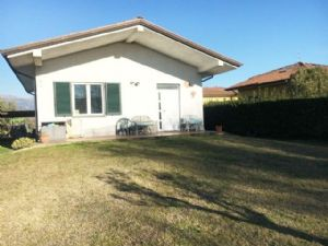 detached villa to rent Lido di Camaiore : detached villa with garden to rent lido di camaiore Lido di Camaiore