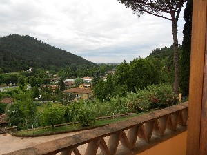 Camaiore, Elegante villa in collina, vista mare : detached villa  for sale  Camaiore