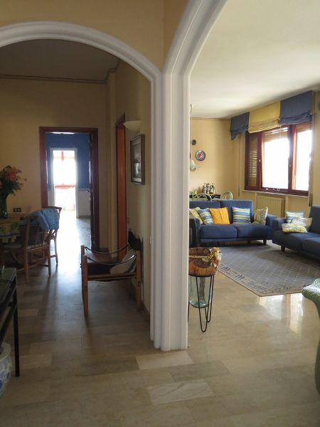 Lido di Camaiore, last floor with elevator : apartment  for sale  Lido di Camaiore