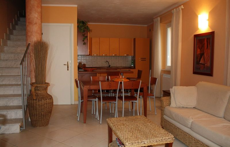 Lido di Camaiore, 100 mt from the sea, semi-detached (7 people) : country house  For sale  Lido di Camaiore