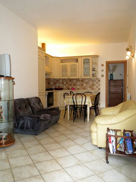 Lido di Camaiore, 200 mt, ground floor (5 people) : apartment  For sale  Lido di Camaiore