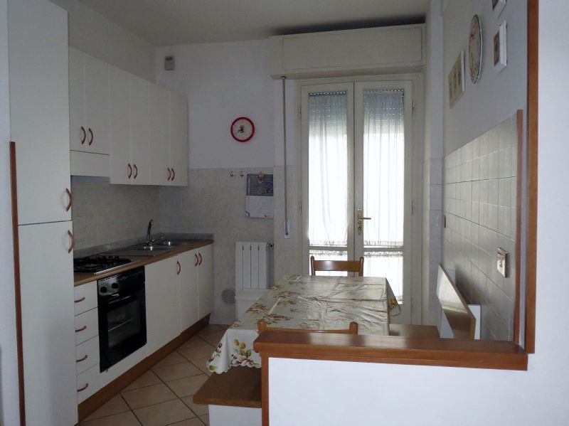 Lido di Camaiore, flat front of the sea (6 people)