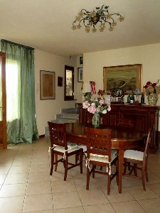Lido di Camaiore, semi-detached with garden and small flat : two-family house  for sale  Lido di Camaiore