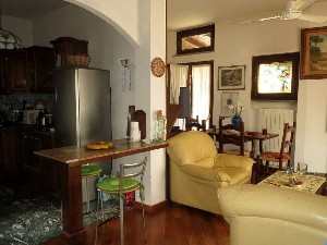 Marina di Pietrasanta, semi-detached with garden : two-family house  for sale  Marina di Pietrasanta
