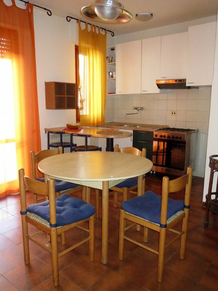 Viareggio, Don Bosco, little flat : apartment  for sale  Viareggio